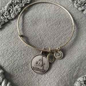 NWOT Alex and Ani Cinderella Castle Bracelet